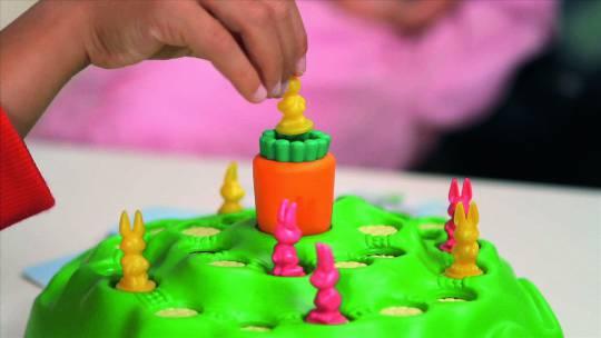ravensburger 21556 lotti karotti kinderspiele hobbyshop. Black Bedroom Furniture Sets. Home Design Ideas